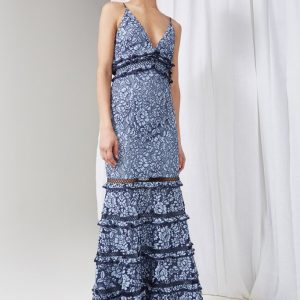 61854-CATCH ME LACE GOWN